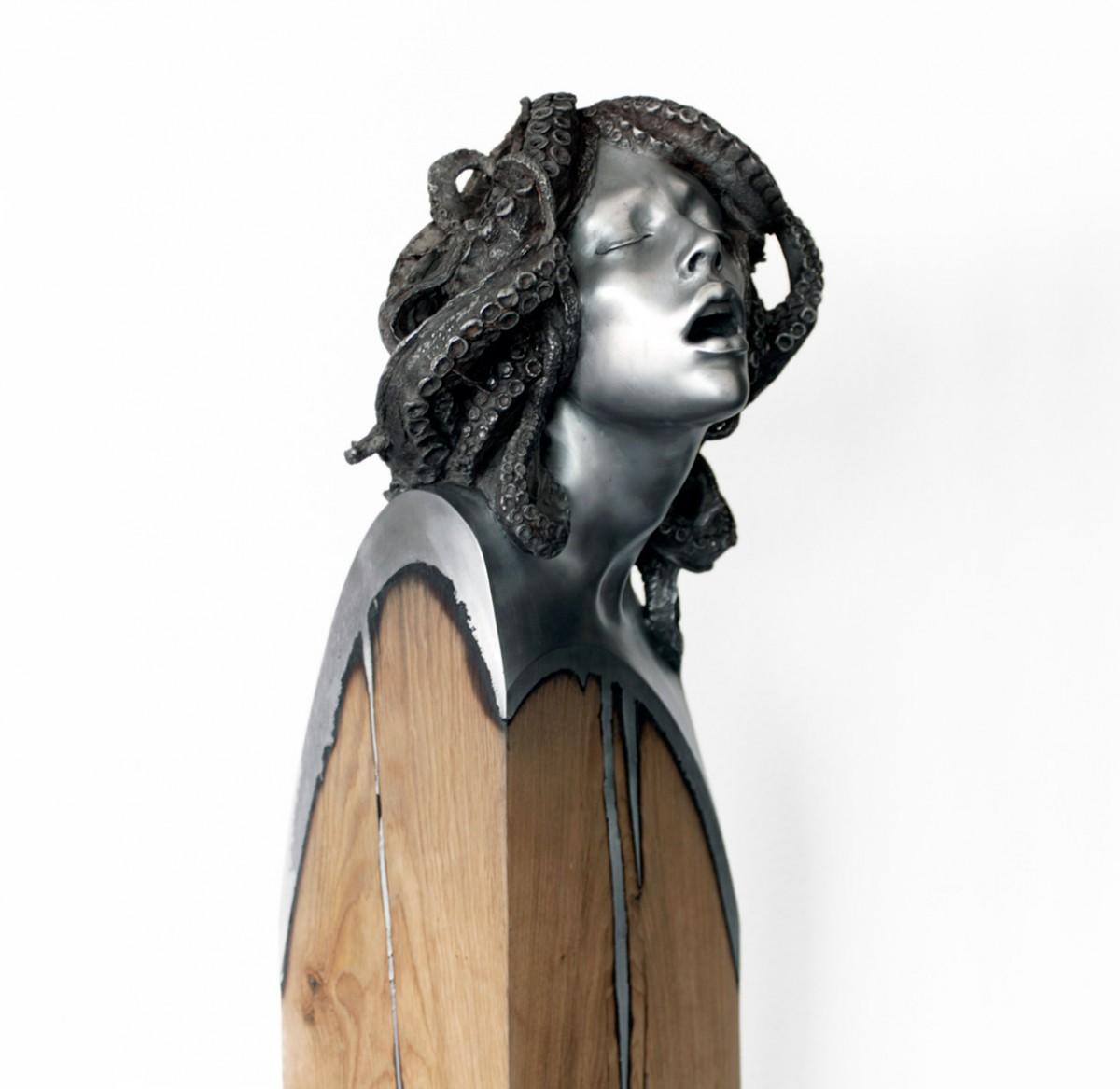 Ama_sculpture